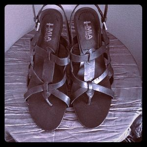 Mia Criss Cross Leather Sandals Size 10